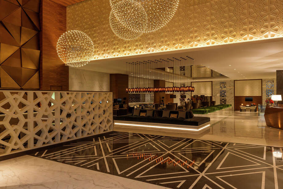 Stamford, Conn.-based Starwood Hotels & Resorts Worldwide formally unveiled its new Sheraton Grand concept on August 19, 2015, with 50 existing Sheraton hotels to be rebranded by year end.