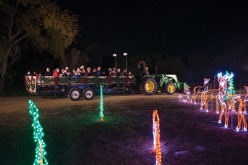 Christmas at the caverns a country hayride