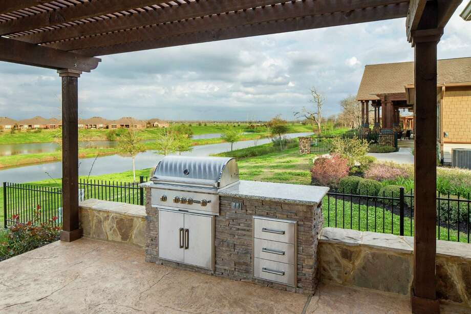 Those who want to have their own backyard and garage can opt for homes in age-restricted neighborhoods such as Del Webb Sweetgrass. / All Rights Reserved Eric Jamison - 2014