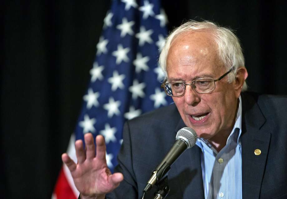 Sen. Bernie Sanders holds a press conference after giving a speech to an AFL-CIO gathering in Las Vegas. Photo: L.E. Baskow, Associated Press