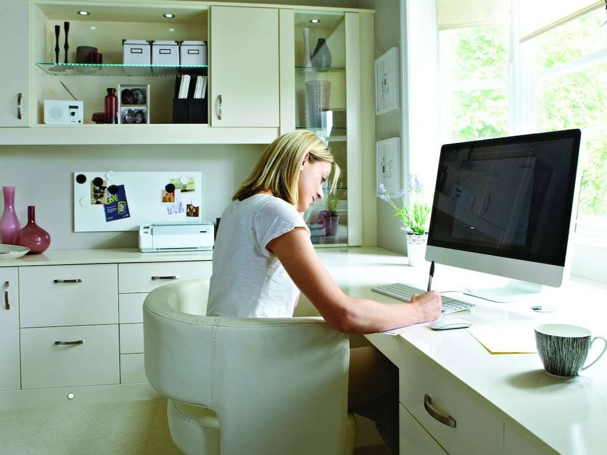 Public-relations managerFlexibility: Full-time telecommute job PR-related work, such as publicity campaigns and crisis management, can easily be done from home. However, occasional in-person client meetings may be necessary.