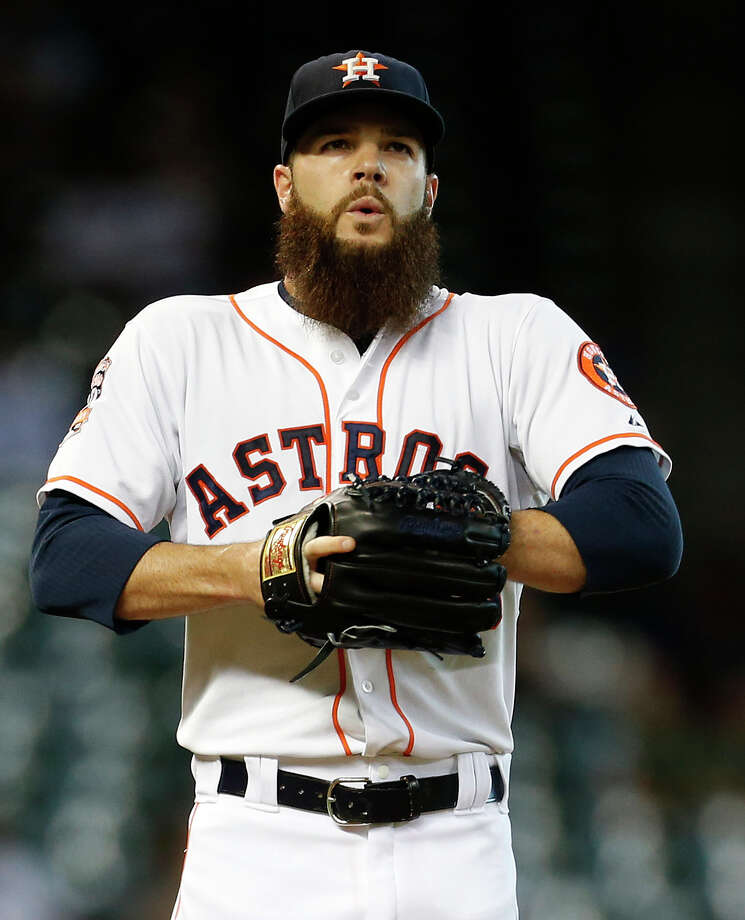 Houston Astros starting pitcher Dallas Keuchel (60) between pitches during the first inning of an MLB game at Minute Maid Park on Wednesday, Aug. 19, 2015, in Houston.( Karen Warren / Houston Chronicle ) Photo: Karen Warren, Staff / © 2015 Houston Chronicle