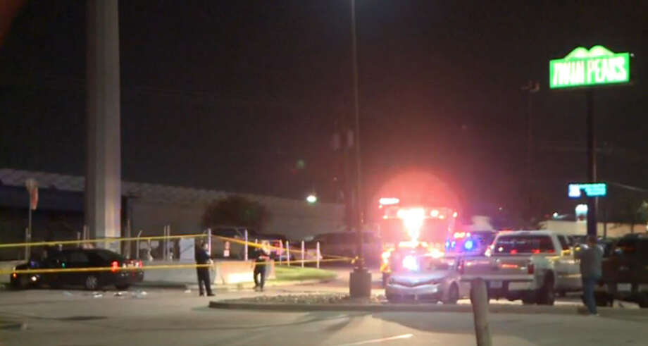 One person died and another was wounded in a shooting Wednesday night outside a Twin Peaks restaurant in Webster. Police said two groups of people got into an altercation in the parking lot. A man pulled out a gun and fired at least two shots, killing one person. Photo: Metro Video
