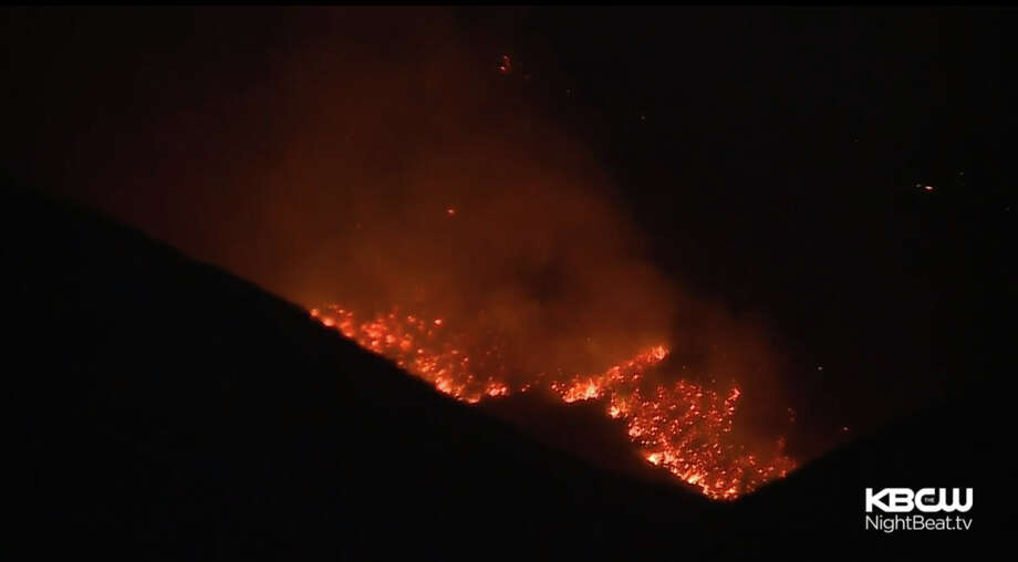 """The """"Tesla fire"""" has burned over 2,500 acres In the hills east of Livermore. Photo: CBS San Francisco"""