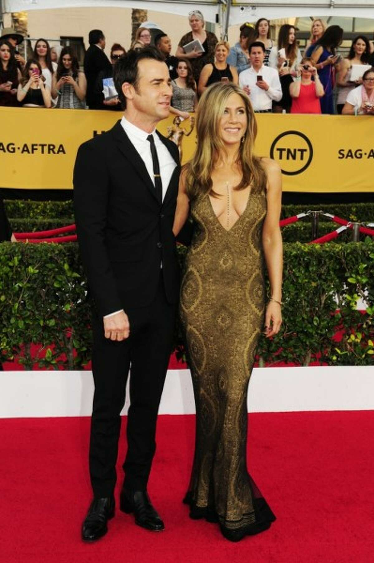 Actress Jennifer Aniston married Justin Theroux in 2015.