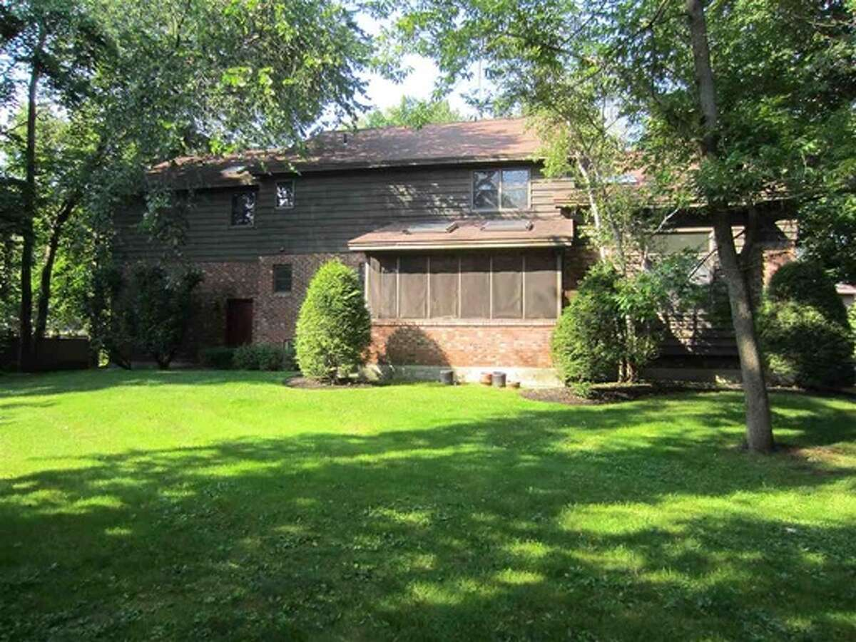 $409,000 . 225 Bentwood Ct. West, Guilderland, NY 12203. Open Sunday, August 23, 2015 from 1:00 p.m. - 3:00 p.m. View listing.
