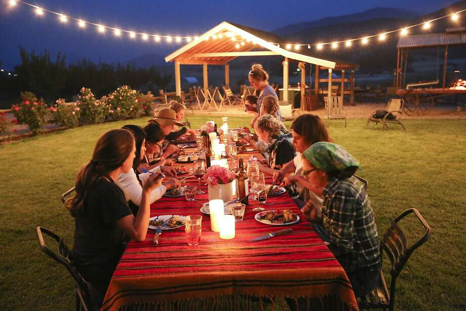 Meat Camp participants dine al fresco at Belcampo Farms near Mount Shasta. Photo: Matthew Runeare, Courtesy Of Belcampo Meat Co.