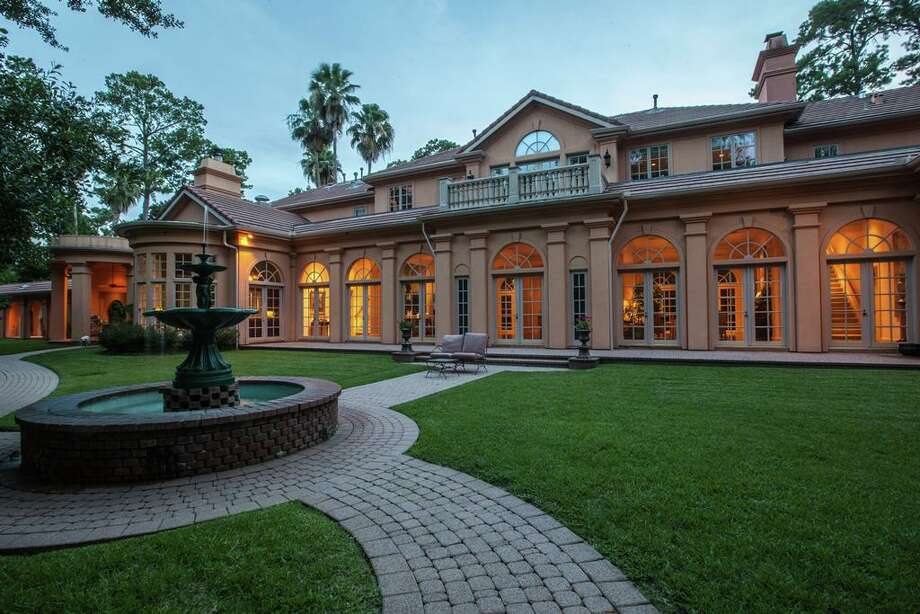 835 Little John: $4,500,000 / 9,864 square feet Photo: Houston Association Of Realtors
