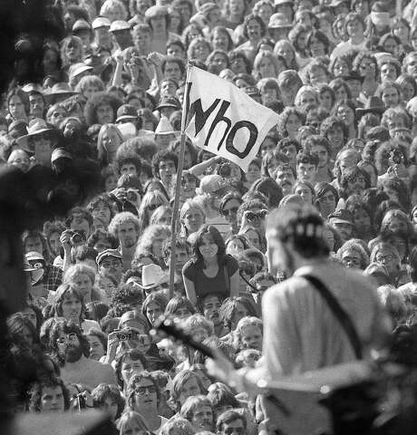 Pete Townshend plays in front of the crowd at the Oct. 9-10, 1976, Day on the Green at the Oakland Coliseum. Photo: Gary Fong, The Chronicle