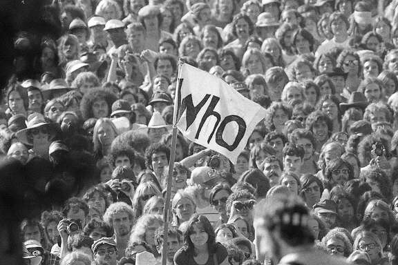 The Who performed at the October 9-10 1976 Day on the Green with the Grateful Dead at the Oakland Coliseum Peter Townsend and the crowd