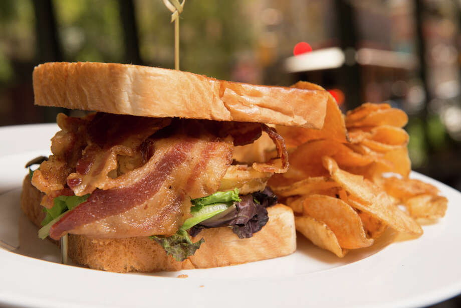 Fried green tomatoes in a BLT make for a fine lunch. Photo: Robin Jerstad /San Antonio Express-News