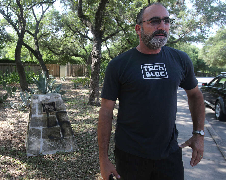 """Area resident Winslow Swart said the racist graffiti painted  on Sholom Drive """"is oxymoronic. The only thing  we find intolerable is intolerance."""" Photo: John Davenport / San Antonio Express-News / ©San Antonio Express-News/John Davenport"""