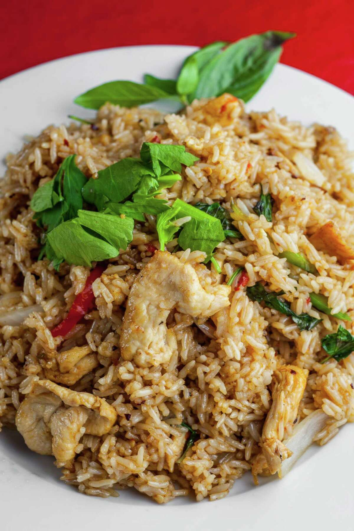 Vieng Thai: Basil fried rice with chicken Vieng Thai's hot basil fried rice. Photographed, Wednesday, Aug. 19, 2015, in Houston. ( Nick de la Torre )