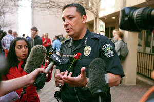 Austin's Acevedo pulls out of S.A. chief search - Photo