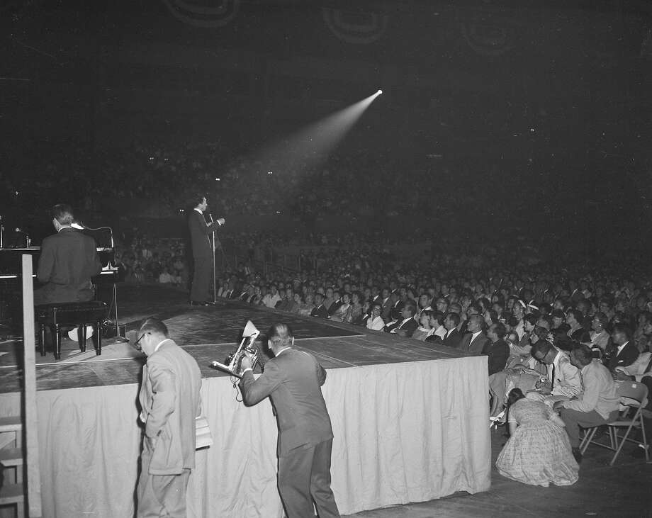Frank Sinatra performs at the Cow Palace in June 1957. Photo: Joe Rosenthal, The Chronicle