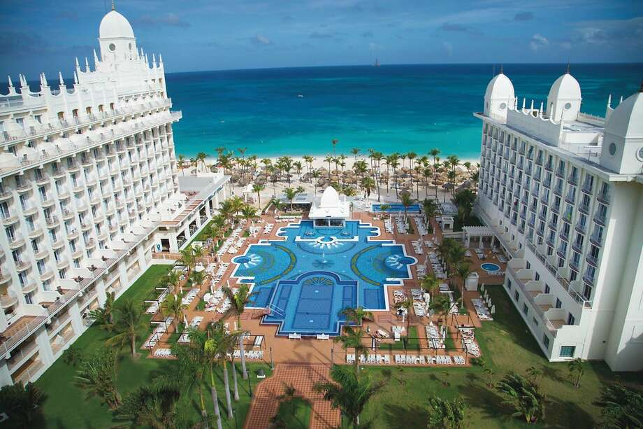 The recently reopened Hotel Riu Palace Aruba, an all-inclusive resort on Aruba's Palm Beach, features new restaurants and bars among other renovations. Photo: Riu Hotels & Resorts