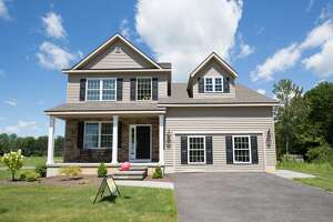 House of the Week: Townhouse in Ballston Lake - Photo