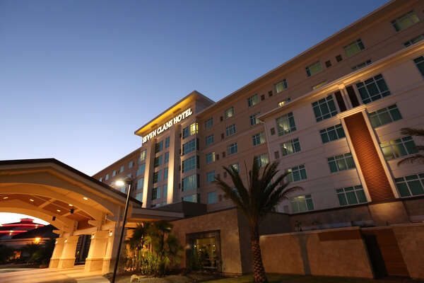 SEVEN CLANS HOTEL   At the Seven Clans Hotel, Coushatta guests can retreat to contemporary styled rooms with luxurious linens and spa showers. And casino action is just steps away with more than 2800 slot machines, over 70 gaming tables, live poker and live bingo! Plus, guests can choose from nine dining options, and enjoy live music Friday and Saturday in the lobby at Bar 7 and Studio 7.    CLICK HERE!