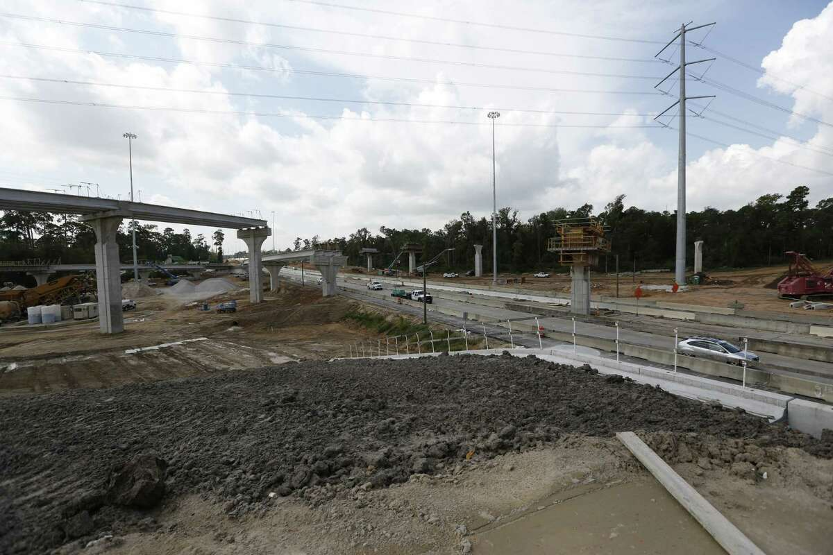 Traffic moves along the Hardy Toll Road on Aug. 19 near the Grand Parkway. In addition to new ramps connecting to the Grand Parkway, workers plan to widen the Hardy Toll Road from FM 1960 to the Grand Parkway to three lanes in each direction.