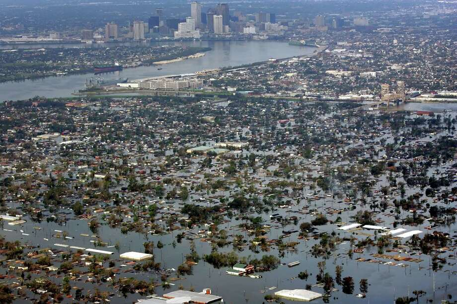 Floodwaters from Hurricane Katrina cover a portion of New Orleans. Photo: DAVID J. PHILLIP, AP / AP