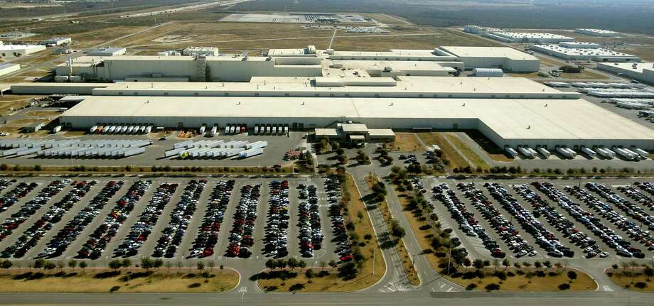 """We're trying to see how we can best utilize the existing plant that we have,"" Toyota North America CEO Jim Lentz says. Photo: Express-News File Photo / © 2013 San Antonio Express-News"