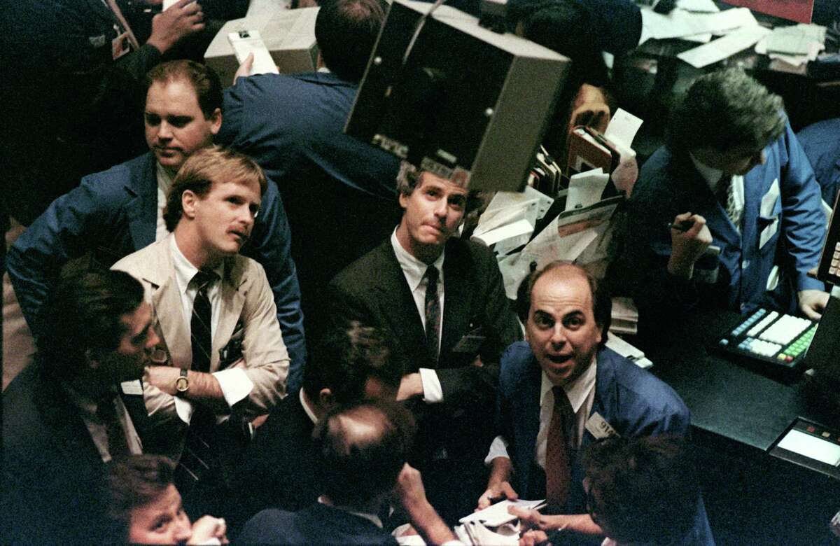Oct. 27, 1997: The Dow lost 554.26 points.