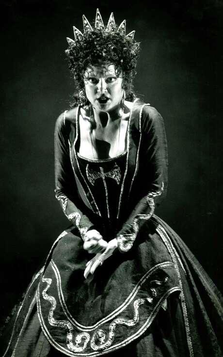"Nancy Gustafson as Elettra in the San Francisco Opera's 1989 ""Idomeneo."" Photo: Steve Ringman / Steve Ringman / The Chronicle 1989 / ONLINE_YES"