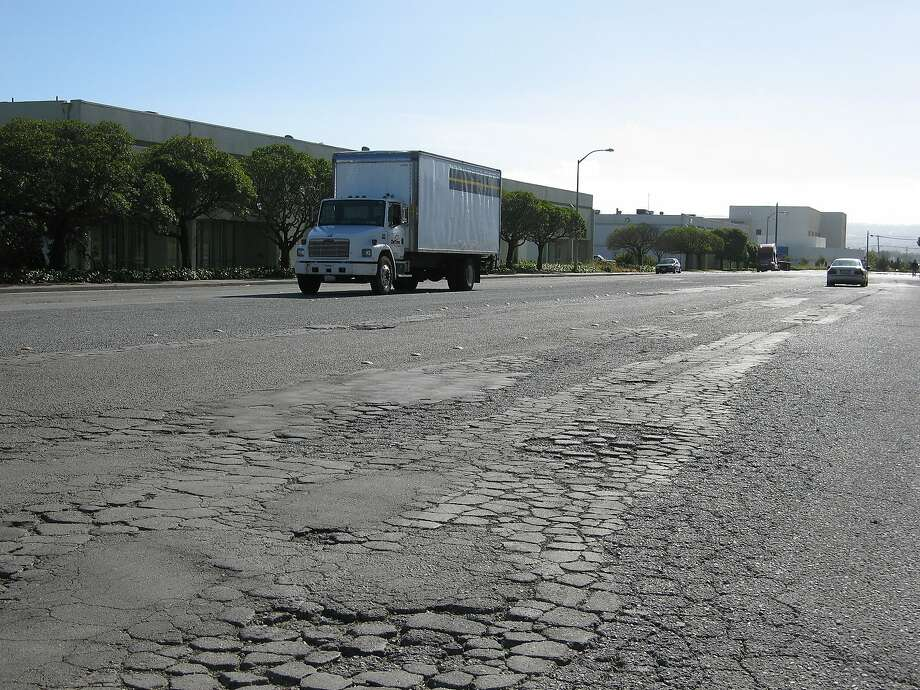 Fixing California's deteriorating roads is going to take a lot of money, and a lot of political wrangling in Sacramento. Photo: Suzanne Pullen, SFC
