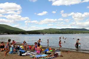 Spill closes Lake George Million Dollar Beach - Photo