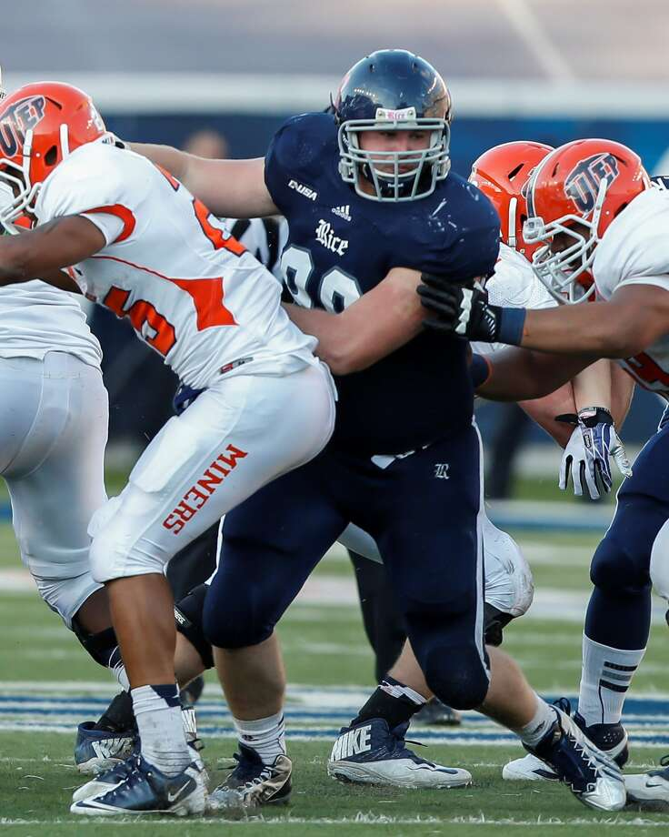 Ross Winship (center) is the third member of his family to play at Rice, following a grandfather and cousin.