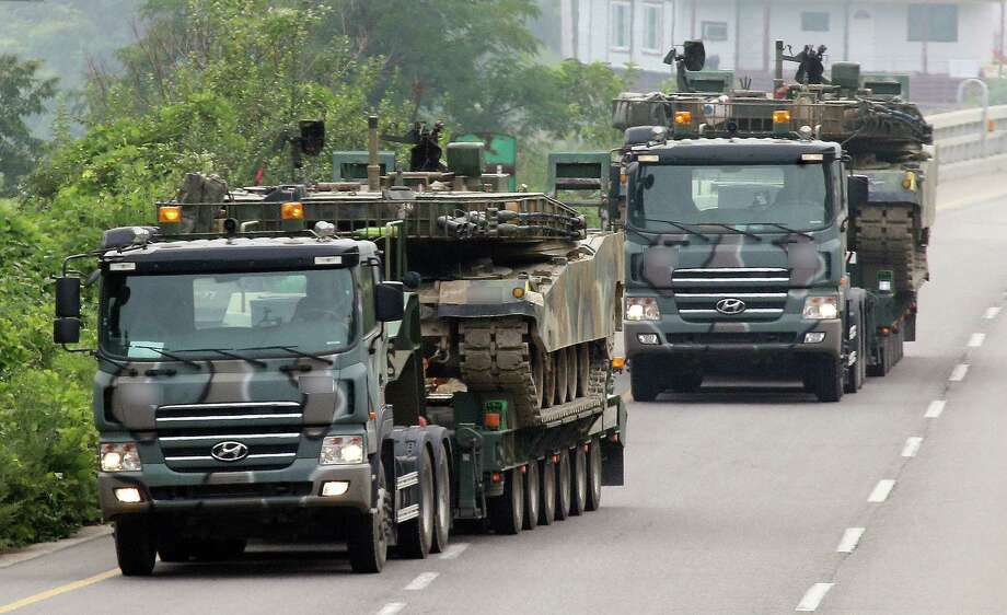 Korean army vehicles are mobilized south of the demilitarized zone that divides the two Koreas. Photo: Kim Ju-sung / Associated Press / Yonhap