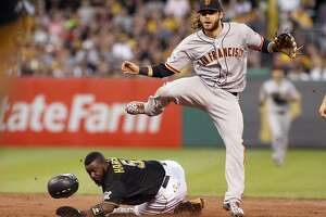 Giants missing Crawford, and the feeling is mutual - Photo