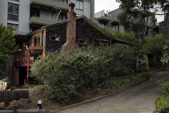 The house on Amber Drive in Diamond Heights is owned by Mischa Seligman, who is trying to donate the property.