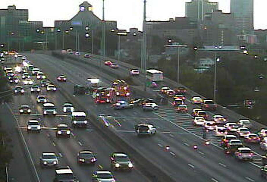 I-95 closed in Stamford due to crash - GreenwichTime