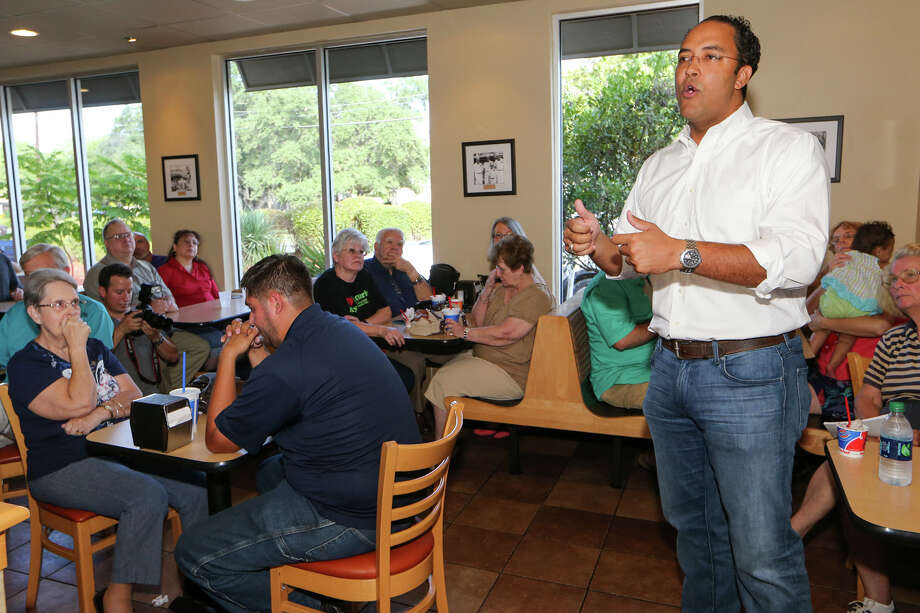 U.S. Representative Will Hurd speaks to constituents during the kick-off of his #DC2DQ tour of #TX23 at the Helotes Dairy Queen, 12902 Bandera Rd., on Sunday, Aug. 23, 2015. Congressman Hurd is visiting all 29 counties that he represents during the summer district work period in order to meet with constituents, business owners and city and county leaders MARVIN PFEIFFER/ mpfeiffer@express-news.net Photo: Marvin Pfeiffer, Staff / San Antonio Express-News / Express-News 2015