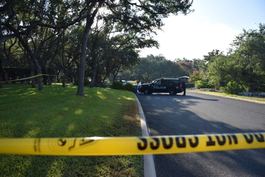 Authorities found a man's body in a white Mercedes-Benz in the 300 block of Happy Trail around 7 in Shavano Park on August 24, 2015. Photo: Mark D. Wilson/San Antonio Express-News