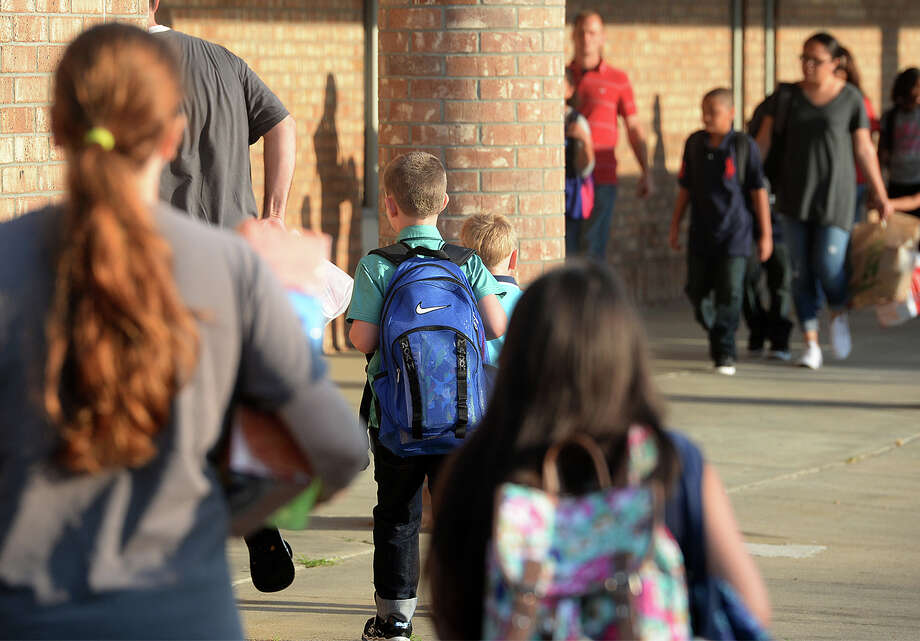 BEAUMONT ISD- Blanchette Elementary- Caldwood Elementary- Charlton-Pollard Elementary- Jones-Clark Elementary- Fehl-Price Elementary- Martin Elementary- Peitzch-MacArthur Elementary- King Middle- Smith Middle- South Park Middle- Vincent Middle- Central High School- Ozen High School Photo: Guiseppe Barranco, Photo Editor