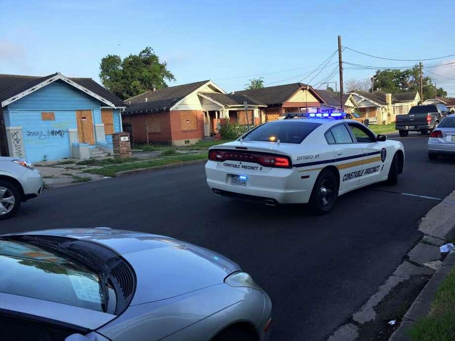 A patrol car driven by a Harris County Constable Precinct 6 officer is driven in this Houston Chronicle file photo. Photo: Oficina Del Condestable Del Precinto 6 Del Condado De Harris