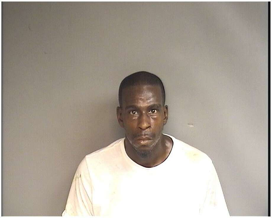 Rodney Daniels, 39, of Stamford, was charged with helping a friend steal cab fares from a taxi driver on Sunday afternoon. Photo: Stamford Police Department / Contributed Photo / Stamford Advocate Contributed