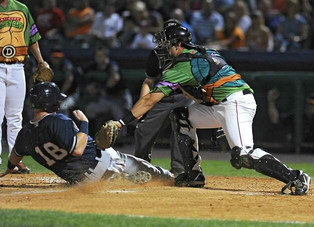 Tri-City ValleyCats catcher Anthony Hermelyn tags out Connecticut Tigers runner Jacob Kapstein during a baseball game at Joe Bruno Stadium on Monday, Aug. 24, 2015 in Troy, N.Y. (Lori Van Buren / Times Union) Photo: Lori Van Buren / 00033090A