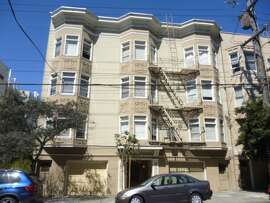 Here is Russian Hill, a 2 BR on Larkin. The building may be rent controlled, but the unit rents for $4200 a month. Photo: Zillow