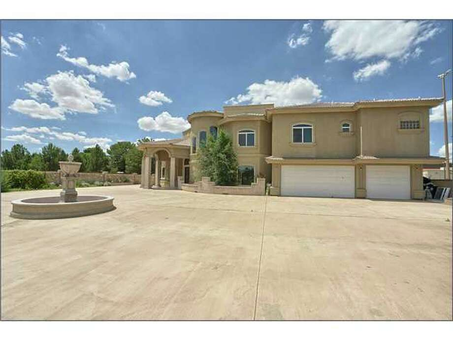 El Paso641 Hacienda Rey (El Paso): $695,000 / 6 bedrooms / 7.5 full bathrooms / 8,991 square feet Photo: Houston Association Of Realtors / MiCasaTours.com