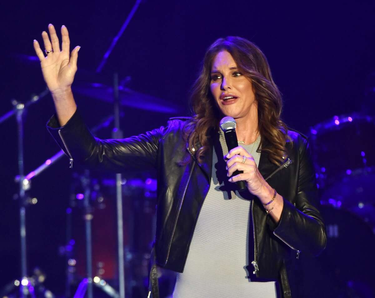 Caitlyn Jenner is reportedly set to pose nude for the Sports Illustrated Olympic issue to commemorate her performance at the 1976 Montreal Summer Games.