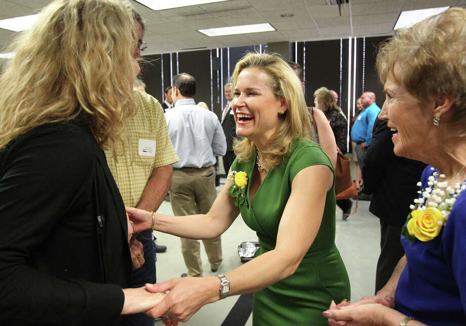 Heidi Cruz  greets supporters before she speaks at a gathering of the San Antonio Republican Women  on August 25, 2015. Photo: Tom Reel / San Antonio Express-News