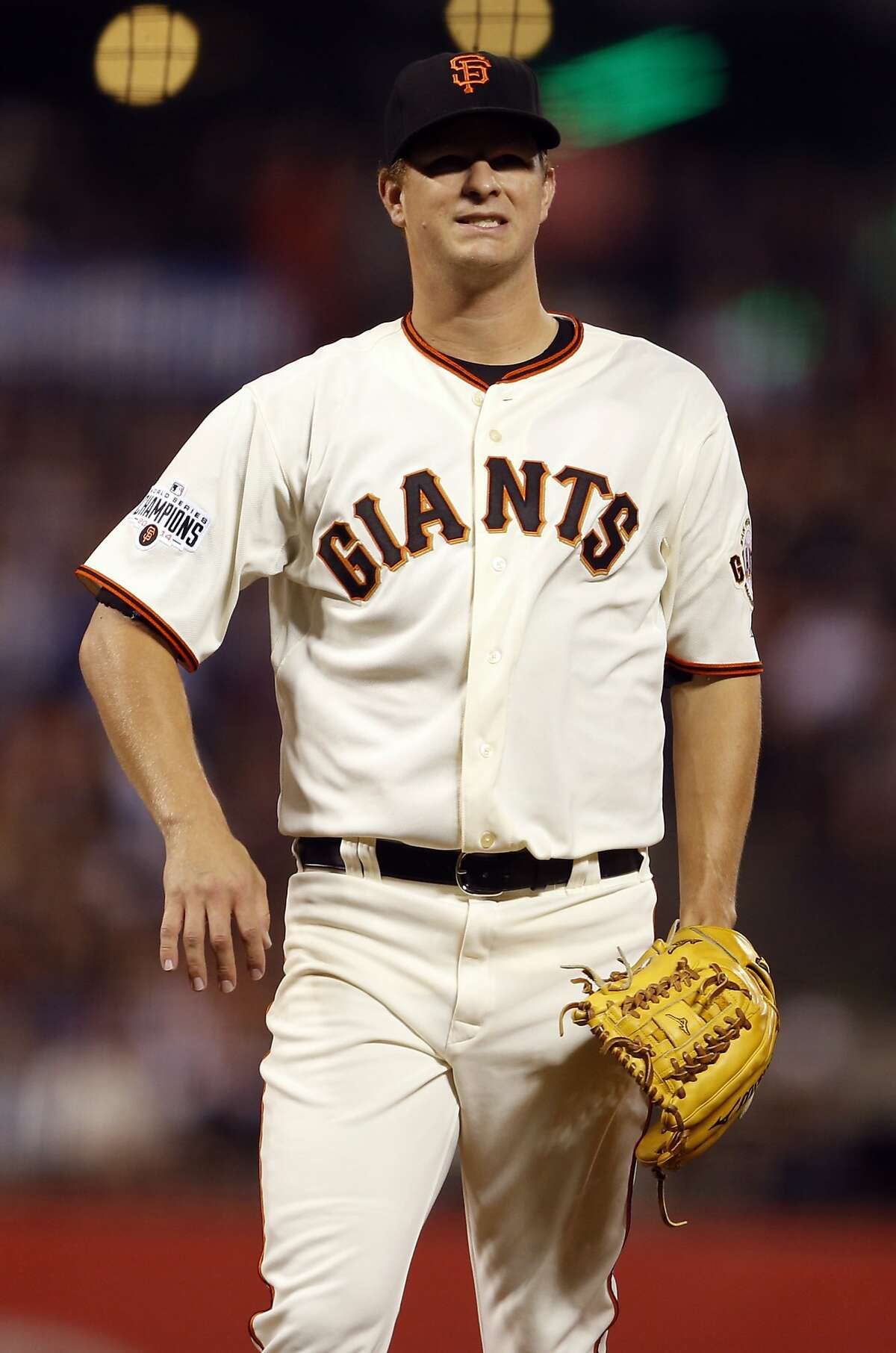 San Francisco Giants' Matt Cain reacts to giving up 2-run home run to Chicago Cubs' Miguel Montero un 4th inning during MLB game at AT&T Park in San Francisco, Calif., on Tuesday, Aug. 25, 2015.
