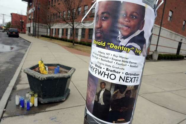 """A memorial for Donald """"Dontay"""" Ivy, the 39-year-old Arbor Hill man who died April 2 following a Taser-related police confrontationon, at Lark and Second Streets on Friday April 10, 2015, in Albany , N.Y. (Michael P. Farrell/Times Union archive) Photo: Michael P. Farrell / 00031396A"""