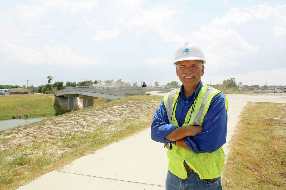 Gary Zika, Harris County Flood Control District, at construction site on Old Spanish Trail and Lidston. Photo: Pin Lim, Frelance / Copyright Forest Photography, 2015.