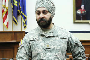 Remove military uniform barrier for Sikhs - Photo