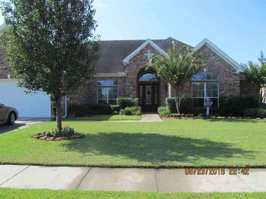 6345 Madera Lane, Beaumont, TX 77706.$312,000. 4 bedroom, 2 full, 1 half bath. 2,922 sq ft. Photo: Courtesy Photo