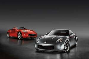 2016 Nissan 370Z Roadster: Top-down fun in a small package - Photo